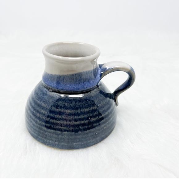 Vintage No Spill Stoneware Wide Bottom Mug Blue